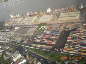 Chitaggong port 2-F800x600